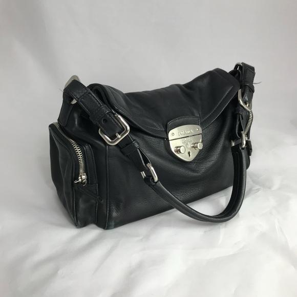 3588066e0be9 ... discount prada vitello shoulder bag 20c15 bec43